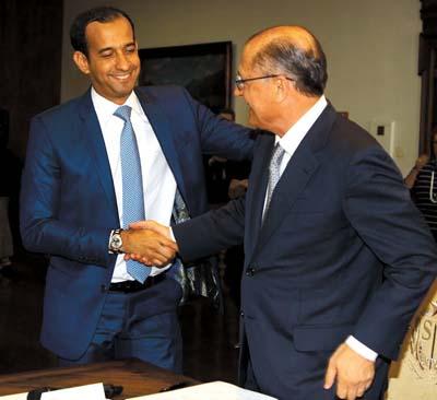 Santos assina contrato com a Sabesp