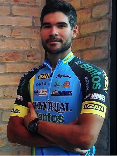 Gideoni Monteiro conquista vaga olímpica no ciclismo de pista