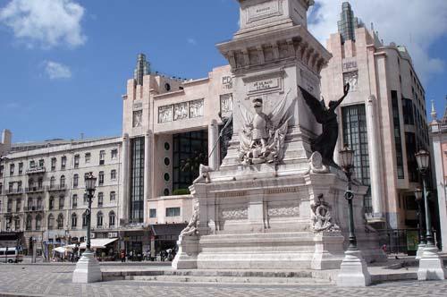 Lisboa convida brasileiros, para morar e investir em Portugal