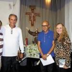 Frei André Becker com o casal peregrino, professor Lamartine e Mareli Pires
