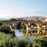 Ponte sobre o rio Arga, que dá nome a Puente la Reina, do século XI: por aqui passou Francisco!