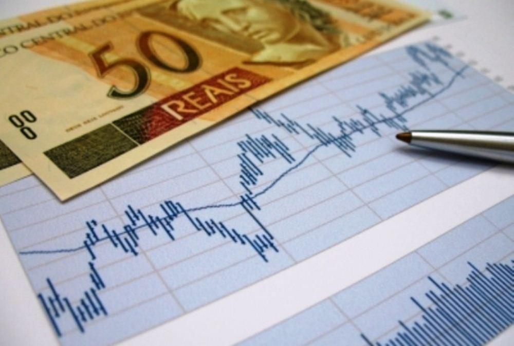 Confiança sobe, mas consumidor continua pessimista, apura FecomercioSP