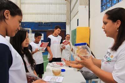 Lebiste: predador natural foi apresentado aos estudantes