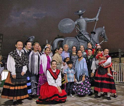Homenagem da comunidade espanhola ao gênio Cervantes