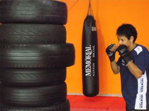 Simone Duarte disputará sábado título brasileiro no Jungle Fight