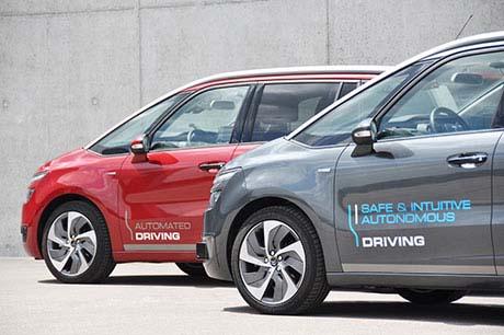Carros autônomos ganham rodagem