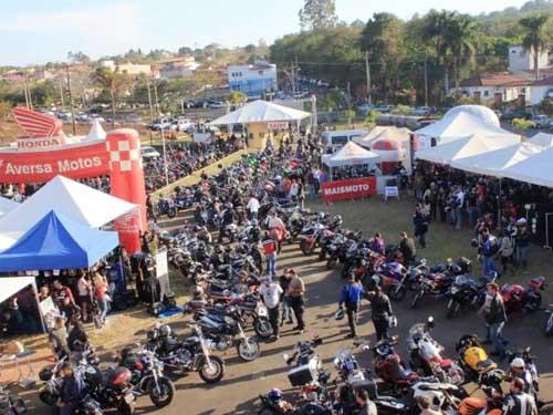 Motociclistas participam do 1º Encontro Nacional Expo Moto Show 2016