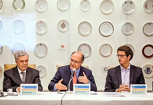 Governador sanciona novo Plano Estadual de Recursos Hídricos