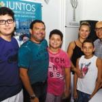 Walter Ferraz e Tatiana Puline dos Santos com filhos
