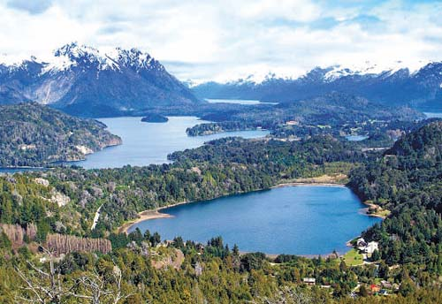 Aventura na travessia dos lagos andinos