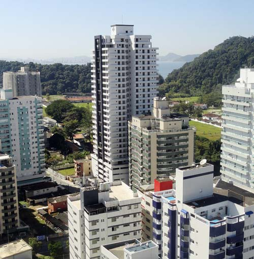 Estudo aponta queda de 31% nos estoques de imóveis da Baixada Santista
