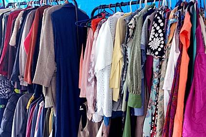 Casa da Esperança de Santos realiza último Bazar da Pechincha do ano