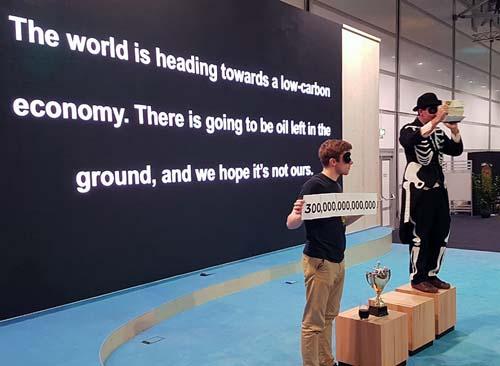 "Ironizado, Brasil recebe o prêmio ""Fossil of the Day"" na COP 23, na Alemanha"
