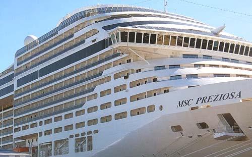 Navios movimentam 21 mil turistas neste final de semana no Porto de Santos