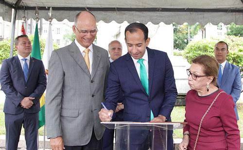 Santos comemora 472 anos de fundação e cria o Conselho de Prefeitos