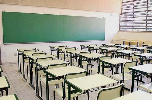 Cerca de 113 mil alunos da Baixada Santista devem atualizar cadastro