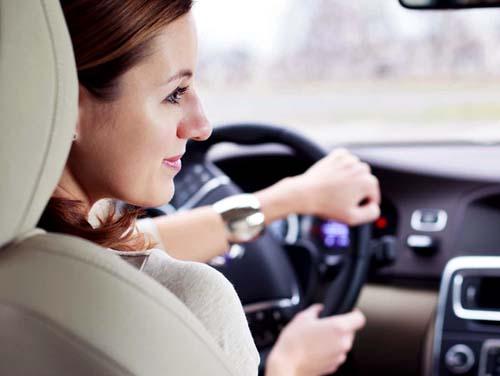 Mulheres são exemplo de comportamento seguro no trânsito
