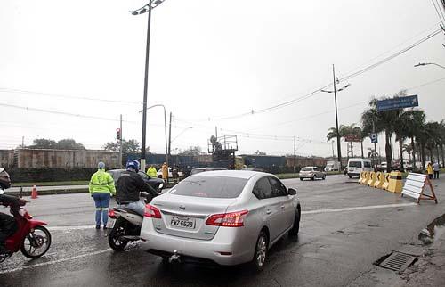 Obras da Nova Entrada de Santos altera o trânsito na região