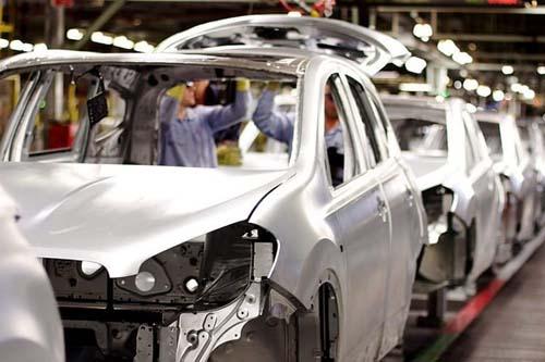 Produção de carros cresce 12,8%