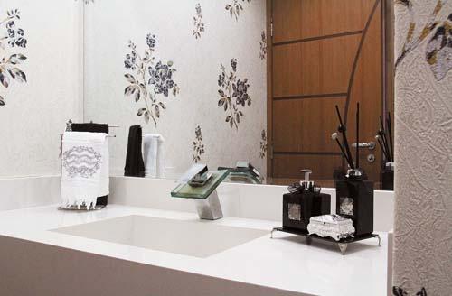 Decoração sofisticada no lavabo