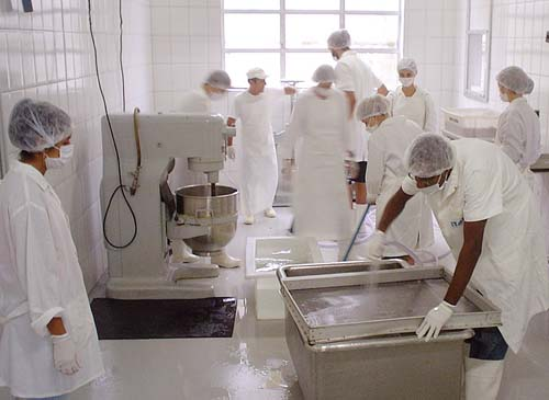 Instituto de Pesca inaugura Unidade de Beneficiamento de Pescado em Santos