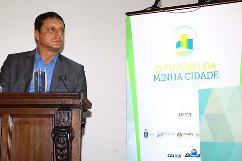 """Seminário """"O futuro da minha cidade"""" debate perspectivas para Santos"""