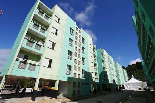208 famílias são contempladas com unidades habitacionais em Santos