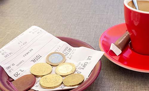 Empresas esclarecerão sobre política na cobrança de taxa de serviço