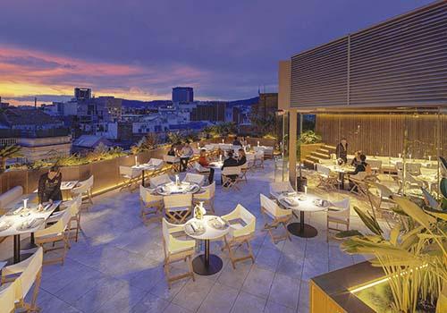 Luxo urbano em hotelaria