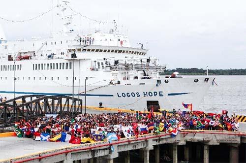 MV Logos Hope é a maior livraria flutuante do mundo