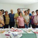 """""""Fadas"""" da Casa da Esperança de Santos realizam bazar de artesanato"""