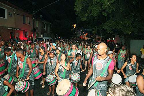 Após confusão na CarnaTolê, Prefeitura suspende Carnabanda até amanhã
