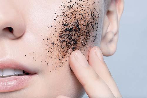 Esfoliação para uma pele linda