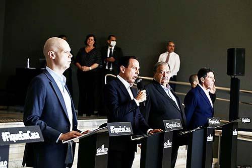 Contágio chega a 100 cidades e São Paulo prorroga quarentena até 22 de abril