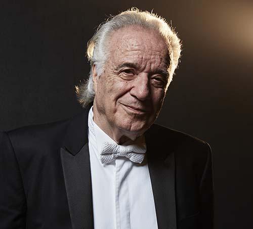 João Carlos Martins completa 80 anos de determinação e coragem