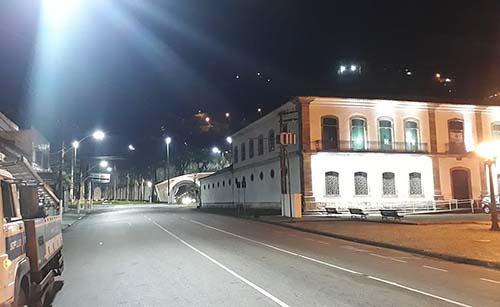 Centro Histórico de Santos ganha sistema moderno de iluminação pública