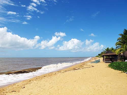 Vila de Santo André repudia pretensão de réveillon em sua praia