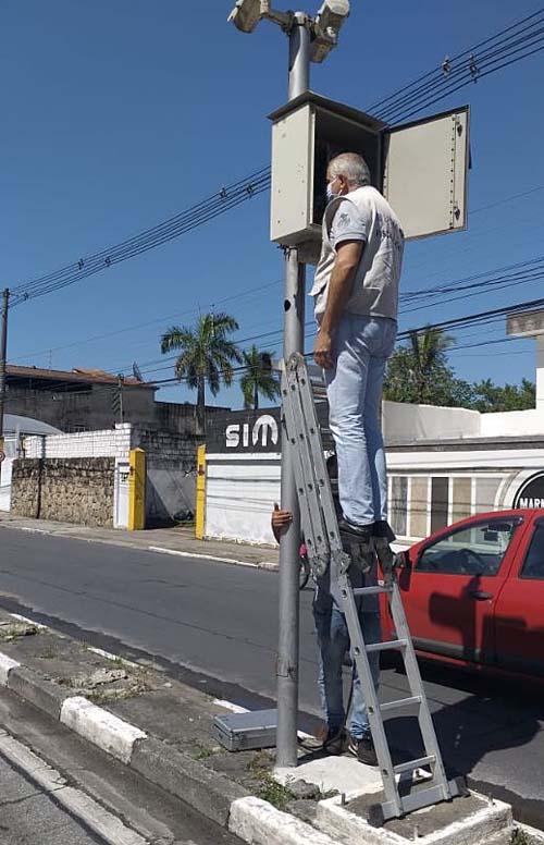 Ipem-SP verifica e aprova dois radares em Guarujá