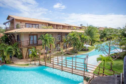 Lagoas, praias com piscinas naturais e um resort tropical com tudo incluso