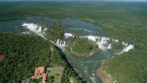 Propostas visam desenvolver o turismo em parques naturais